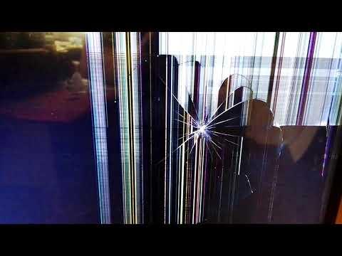 Дети игрушкой треснули экран телевизора LG 47LB675V