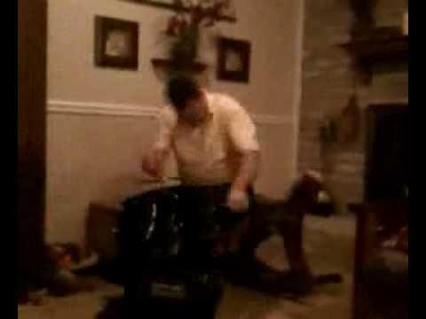 Ulger playing un drum set, ya!