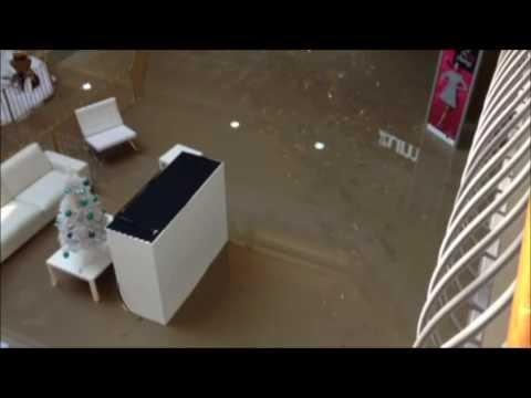 Watermain break floods part of Pickering Town Centre