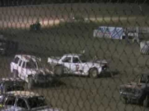 demolition derby.  killeen, tx.  19 july 2008.  [2/2]