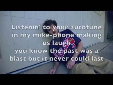 Lil Dicky - Molly Feat. Brendon Urie lyrics