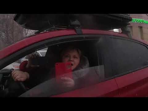 СтопХам-Мадам в красном/Крыса напала на девочку