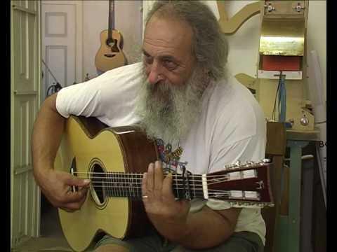 Klaus Weiland in the Deerbridge Guitar shop - Part 1