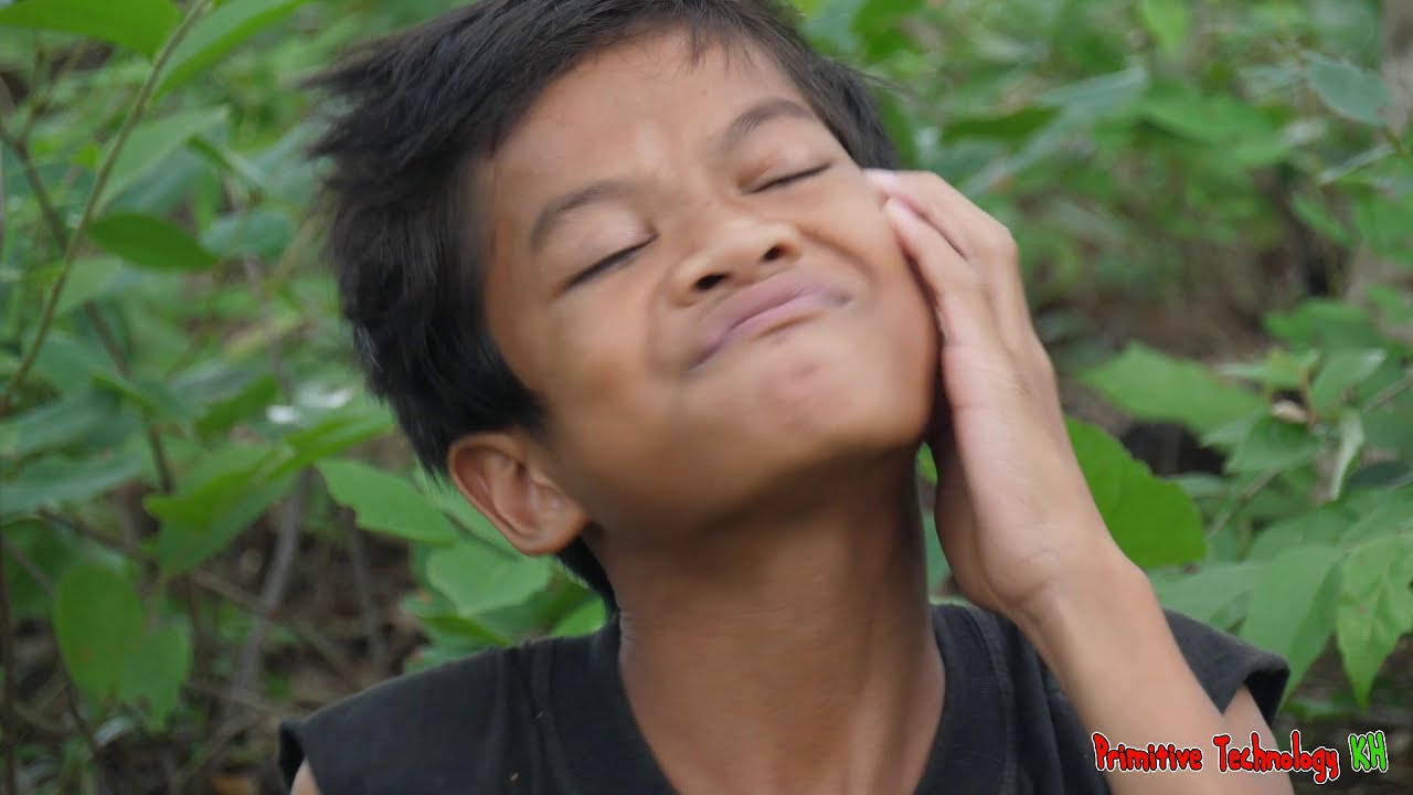 Primitive Technology - Eating Delicious In Jungle - Cooking Crab In Forest #142