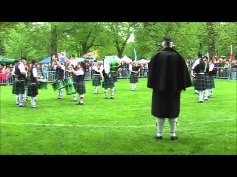 The Owl Town Pipe & Drum Band - Grade 4 - Highland Gathering Peine 2012