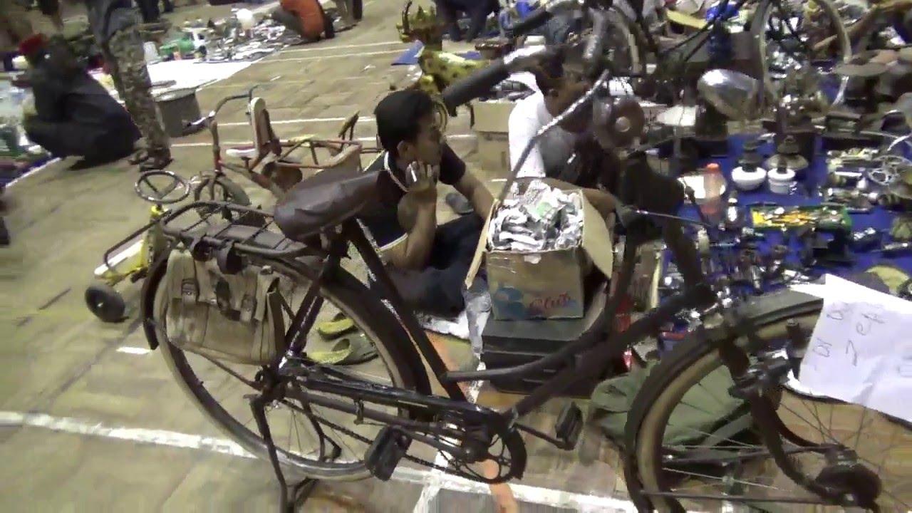 PASAR KLITHIKAN di Parade Onthel Satria 3 Purwokerto YouTube