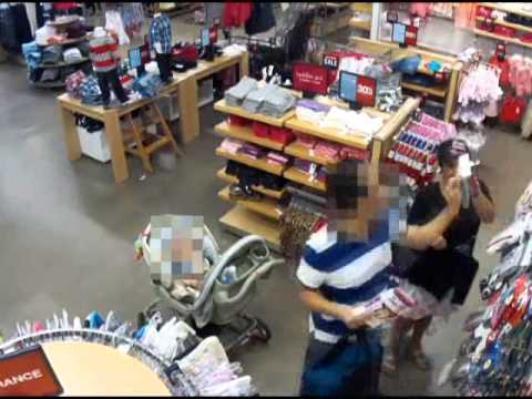 Woman steals purse from baby stroller at Gap outlet - YouTube