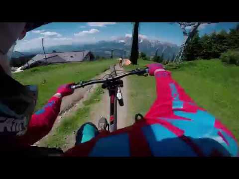 Testing the new Downhill E-bike 29er in Schladming mit Wünschanton