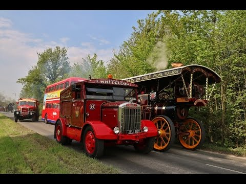 Carters Steam Fair Annual Vintage Parade Pinkneys Green 07 05 16
