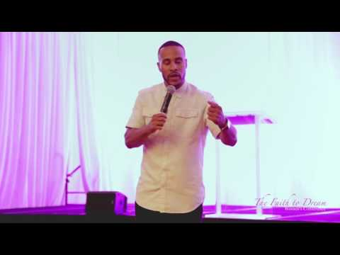 DeVon Franklin speaking at The Rebecca Crews Women's Conference