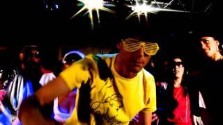 Смотреть клип Robert Abigail Vs Nils Van Zandt Feat Jay Ritchey - Partyjam