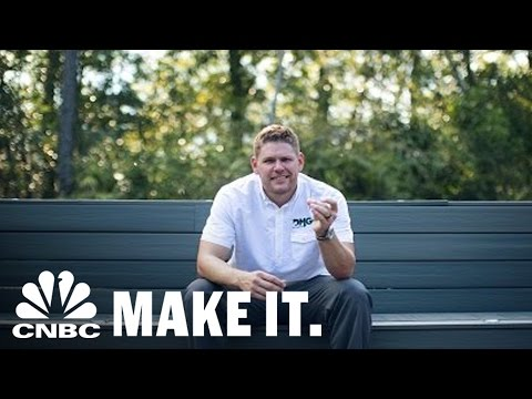 Entrepreneur Starts Multi-Million Dollar Company As A Side Job | CNBC Make It.