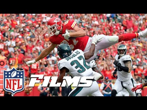 Travis Kelce Leaps the Chiefs Over the Eagles (Week 2) | NFL Turning Point
