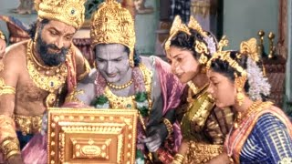Indians Made The First Laptop with Wi-Fi and Video Chat in 1957 || Mayabazar Movie