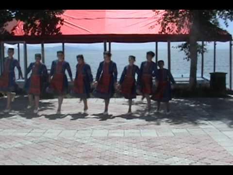 Hachn Parayin Hamuyt Ծաղկաձորի  պար
