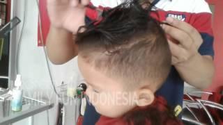 [2.88 MB] POTONG RAMBUT ANAK LAKI LAKI KEREN ★ Anak Kecil Potong Rambut ★ Model Cukur Rambut Anak Laki
