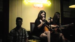 NGƯỜI TÌNH MÙA ĐÔNG  - Hà Thương, guitar Nhật Linh - Bella Vita Bar & Cafe