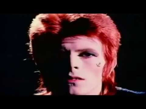 "David Bowie  ""John, I'm Only Dancing"" (Officia Musicl Video 1972 )"