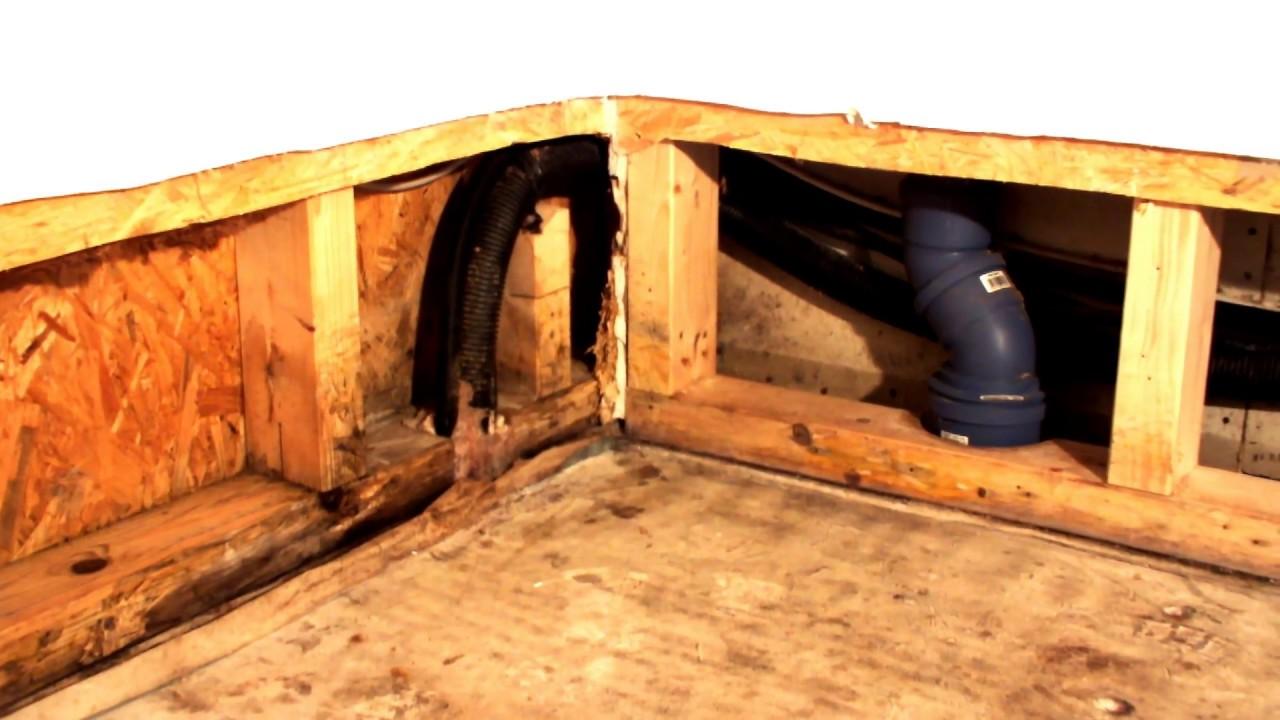 baugutachter wasserschaden bad schimmel sanierung youtube. Black Bedroom Furniture Sets. Home Design Ideas