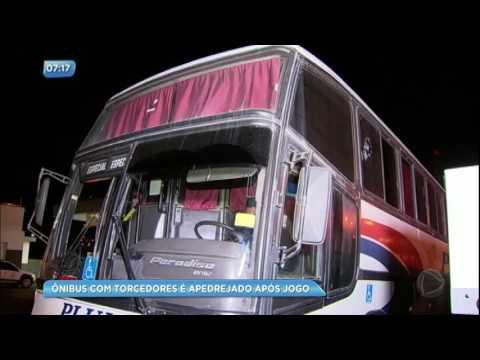 Ônibus com torcedores do Flamengo é apedrejado após jogo