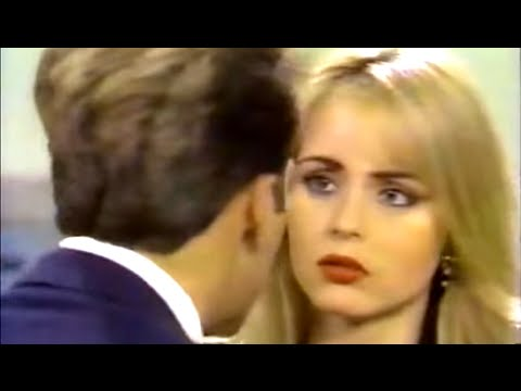 MORENA CLARA | Gabriela Spanic como Linda (Escenas - 1993)