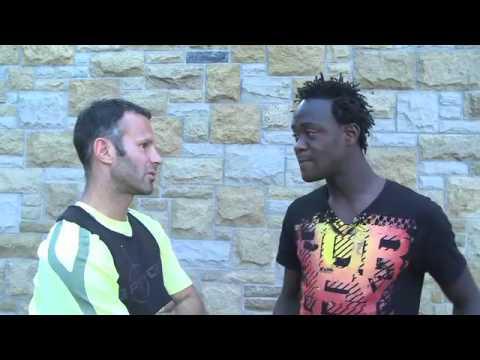 Giggs Shares Sierra Leone Trip with Kamara