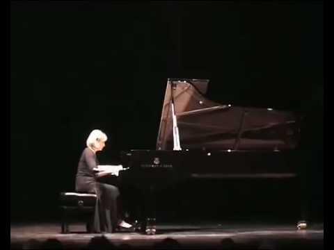 Elena Filonova plays Mozart, Sonata K.331, 2nd movement