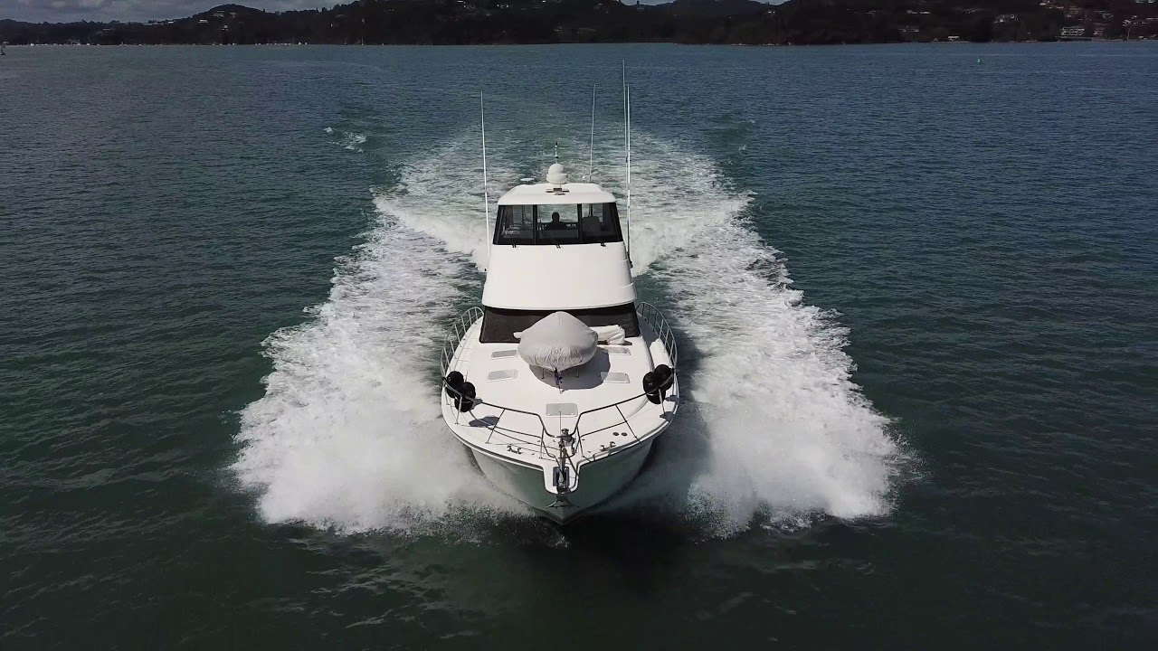 RIVIERA 51 Enclosed Flybridge 2006