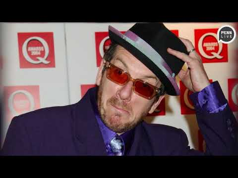 Elvis Costello cancels tour after surgery to fight 'very aggressive' cancer