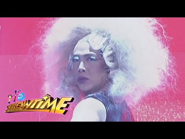 It's Showtime: Vice Ganda channels his inner Dua Lipa with an unkabogable live performance on stage!