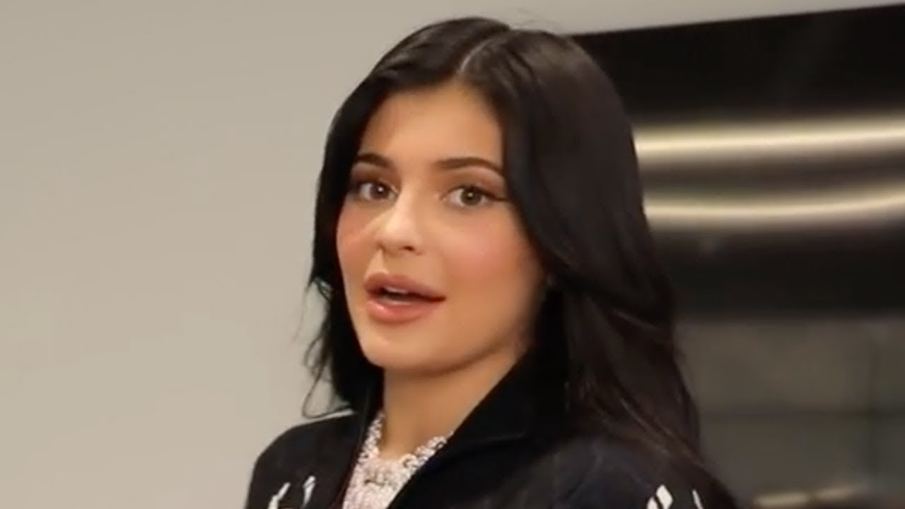 Kim Kardashian shades Kylie Jenner & Kendall Jenner In New Video