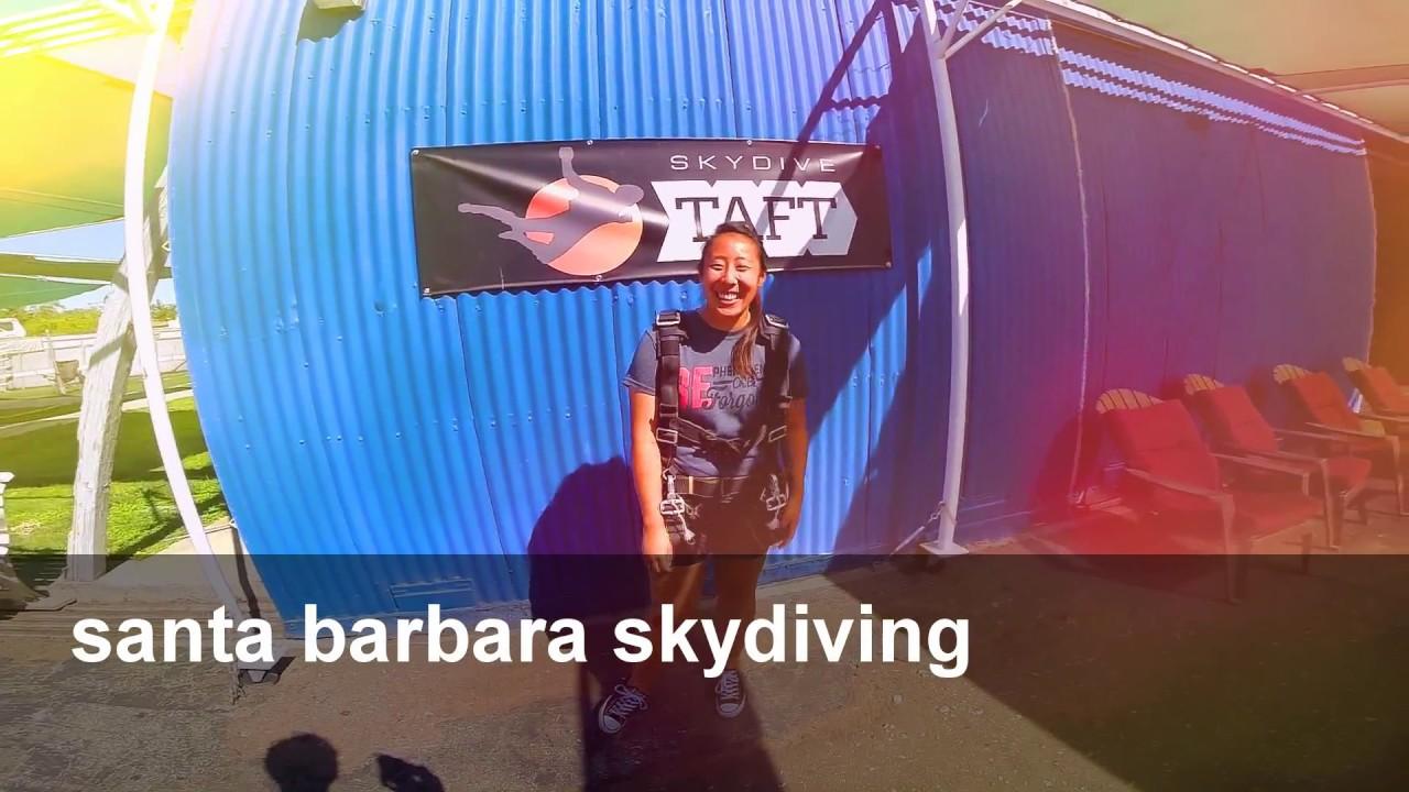 nake girl skydiving