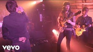 Kasabian - Underdog (VEVO Presents: Kasabian - Live from Leicester)