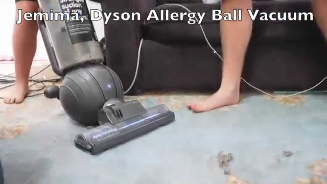 Vacuum cleaner battle eureka bravo vacuum vs dyson allergy ball vacuum cleaner battle eureka bravo vacuum vs dyson allergy ball vacuum doublecrazyfo Gallery