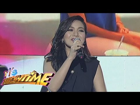"""It's Showtime: Kyla sings """"On The Wings Of Love"""" on It's Showtime"""
