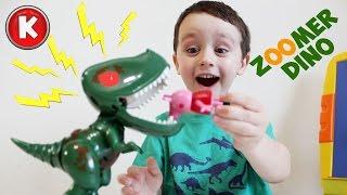 ✌ Интерактивный динозавр Zoomer Dino, Кусается, ловит косточку, пукает:)| Interactive Dino Zoomer(Супер игрушка Динозавр Зумер Дино. Умеет ловить косточку, охранять объекты, злиться, рычать и многое другое!..., 2016-04-12T04:00:01.000Z)