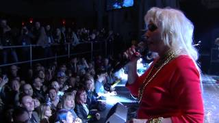 Blondie Covers Beastie Boys At NME Awards 2014