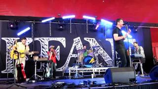 KEANE - WITH OR WITHOUT YOU- GLASTONBURY 2010
