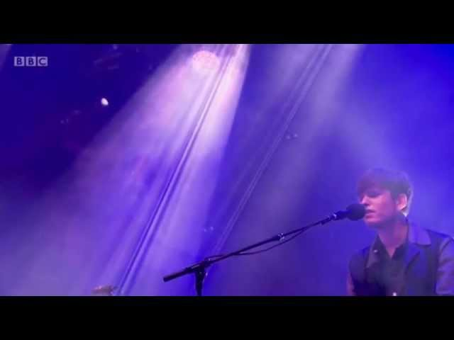 james-blake-life-round-here-live-at-glastonbury-2013-on-james-blake