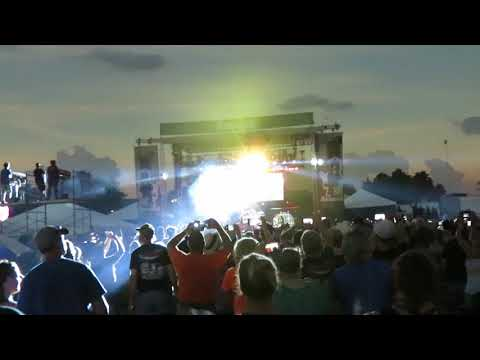 Ozzy Osbourne - Total Eclipse - Bark At The Moon - Moonstock 2017 Carterville IL