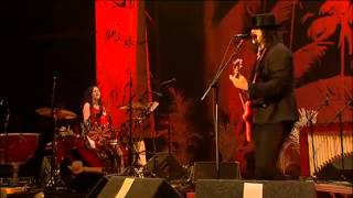 The White Stripes - Glastonbury 2005 - 02 Blue Orchid