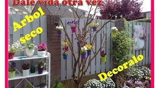 como decorar un arbol seco para esta primavera y verano en tu jardin ideas para decorar