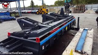 Car Crushing Crusher Baling Machine Compacts Cars In To Cubes
