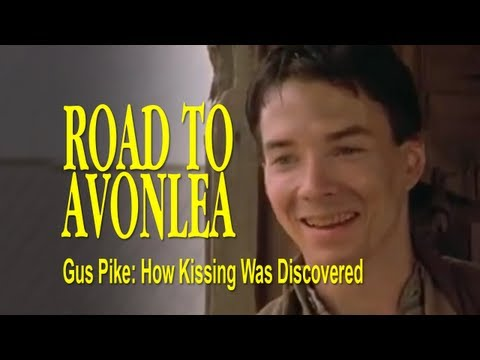 Gus Pike - How Kissing Was Discovered