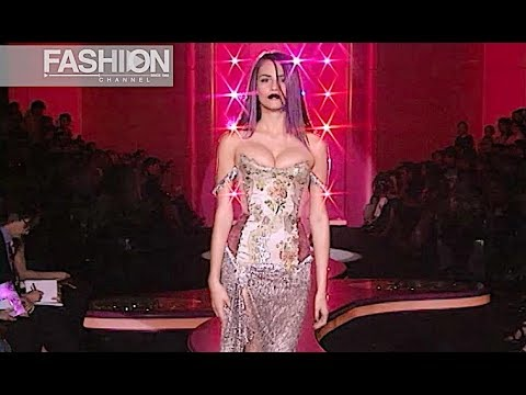 ATELIER VERSACE Autumn Winter 2002 2003 Paris Haute Couture by Fashion Channel