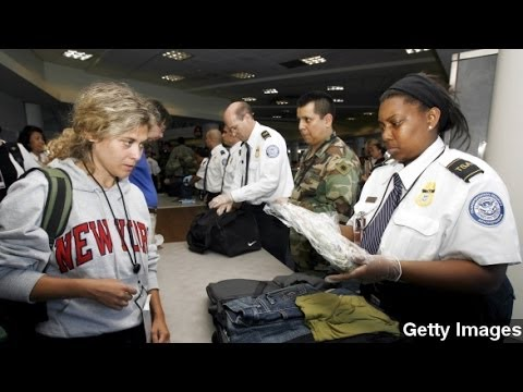Airport Security Might Ask Travelers To Power Up Cell Phones