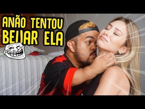 O ANÃO TENTOU BEIJAR MINHA AMIGA!! ( DEU RUIM ) - TROLLANDO MINHA AMIGA [ REZENDE EVIL ]