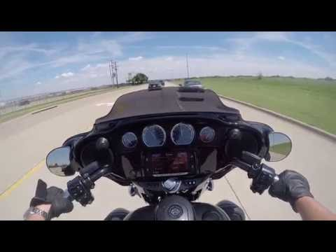 Test Riding the NEW 2017 Harley-Davidson CVO Street Glide