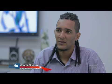 """Blogueiro Júnior Queiroz é entrevistado pela """"TV Minha Bahia"""" em Salvador. Assista;"""