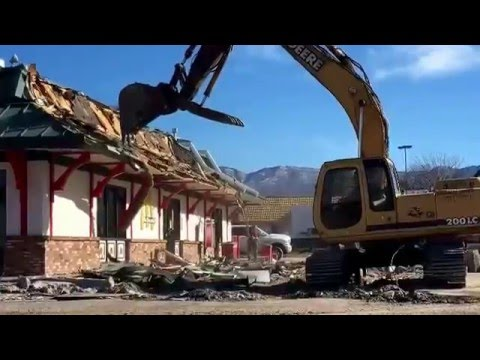 McDonald's demolition at San Mateo and Academy in Albuquerque by Dean Hanson / Albuquerque Journal